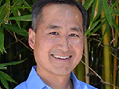 Robert Rhew, Resident Faculty